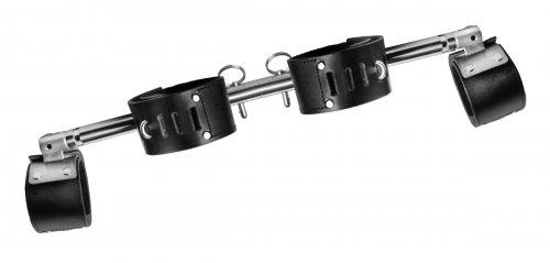 adjustable swiveling spreader bar angled view