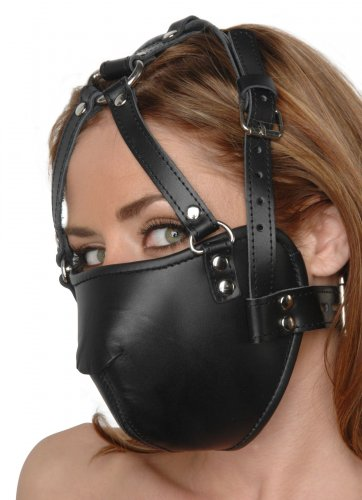 Muzzled Face Harness Side View