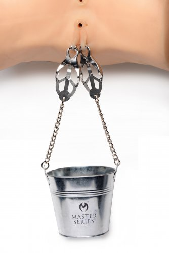 Slave Bucket And Clamps Demo Close Up
